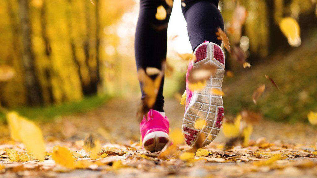 Как начать бегать по утрам с нуля: советы новичкам